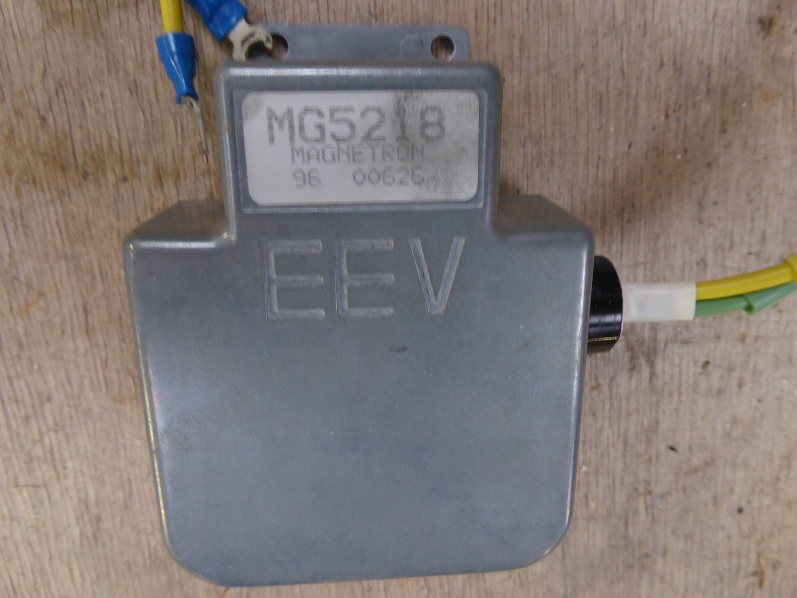 E2V Technologies EEV MG5218 X- Band Magnetron