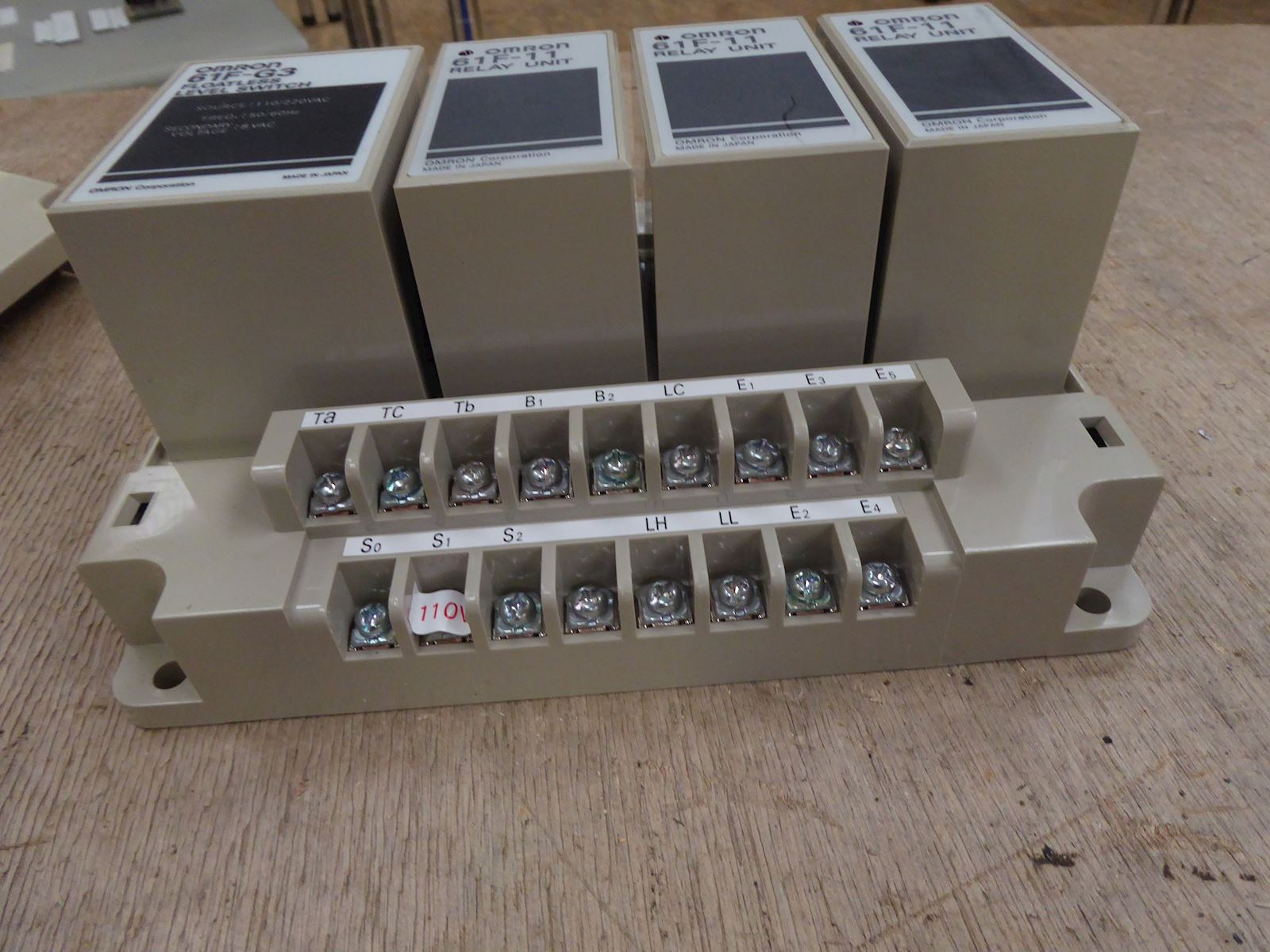 Omron 61F-G3 Floatless level switch