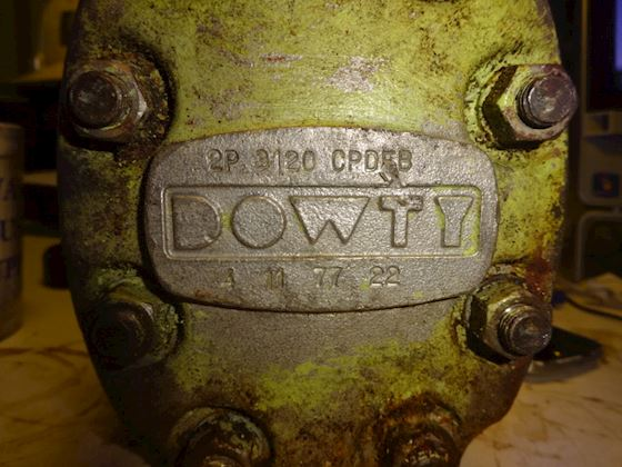 Dowty 2P 3120 CPDEB