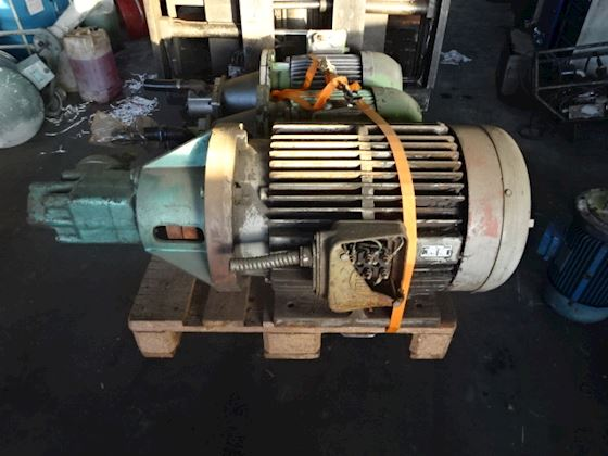 Vickers 520V30A14 ICC-10 ENd