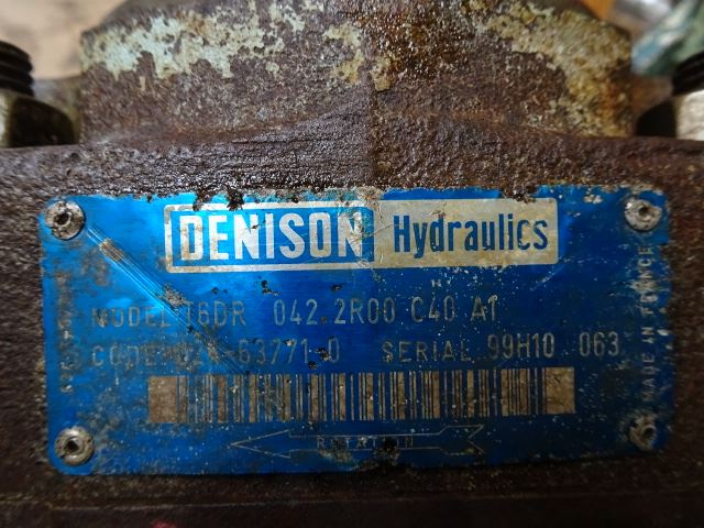 Denison T6DR 042 2R00 C40 AT