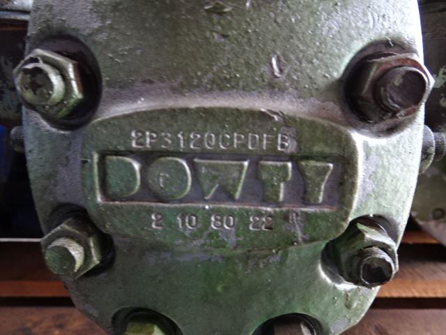 Dowty 2P3120CPDFB