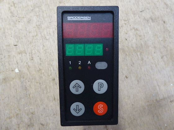 Brodersen UDC-35 Digital Panel Controller