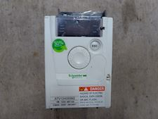 Schneider Electric ATV12H055M2 - 1